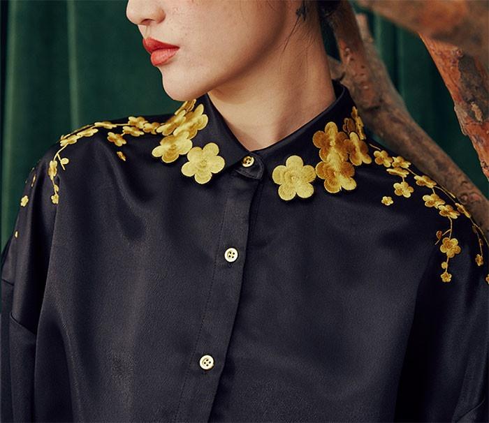 Вышитые воротнички блузок (б…