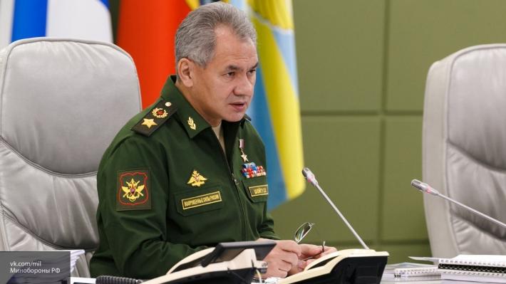 Министр обороны Сергей Шойгу посетил авиационный завод в Новосибрске