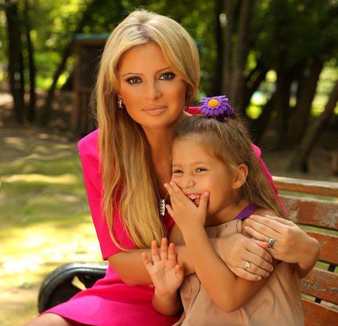 Дана Борисова и ее дочь полина