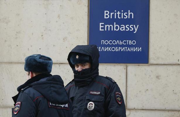 Британцы попросили прощения у россиян