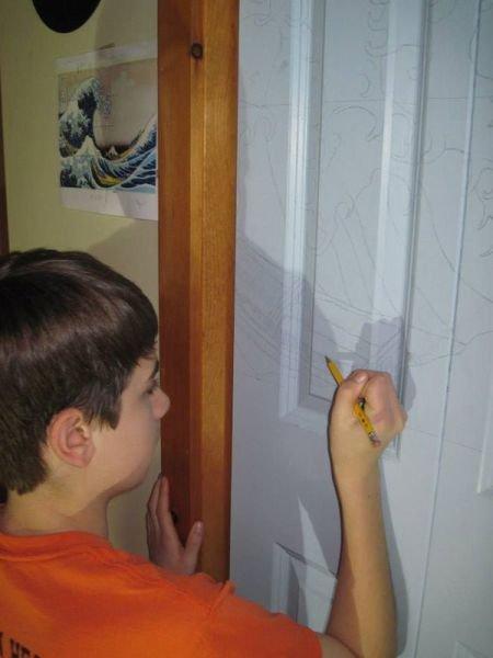 Из обычной двери — в произведение искусства (7 фото)