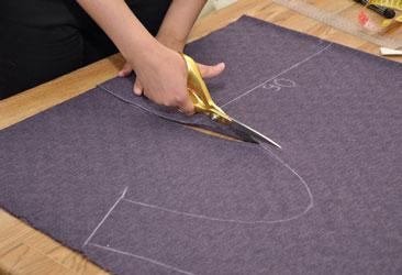 Шьем платье-тунику за полчаса Перед началом кроя ткань расправляем и проглаживаем утюгом