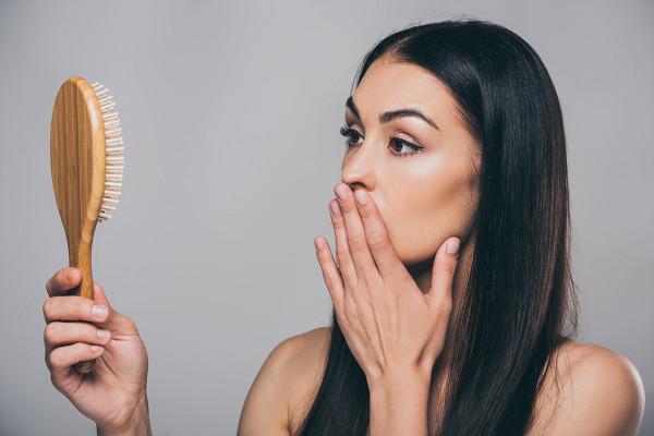 Почему после изоляции выпадают волосы инорма лиэто?