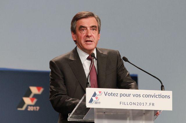 Большинство французов против участия Франсуа Фийона в президентских выборах