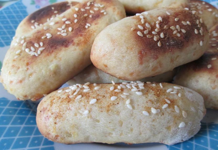 """Картофельные """"пальчики"""" с сыром и чесноком: простая и сытная закуска"""