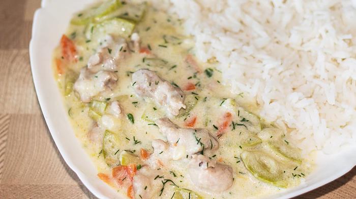 Быстрый сливочный соус с курицей и кабачками Сливочный соус, Подлива, Рецепт, Видео рецепт, Кулинария, Еда, IrinaCooking, Видео, Длиннопост