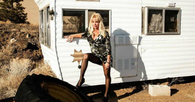 Ветеран секс-службы: откровения легендарной проститутки с 25-летним стажем