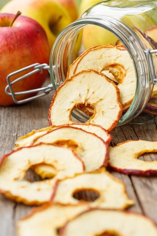 Готовим яблочные чипсы