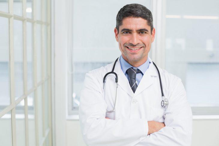 После операции к брату заглянул врач, которого он ждал меньше всего…