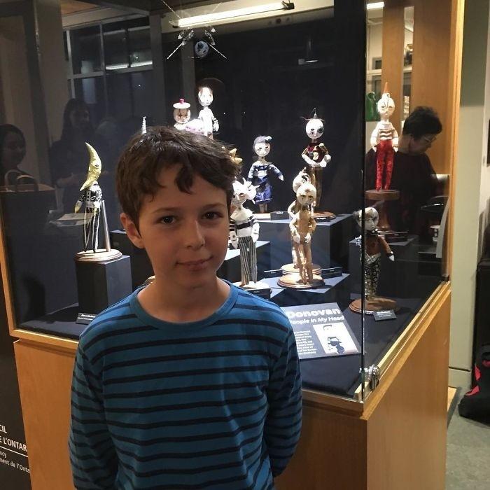 12-летний мальчик делает жутких кукол, из материалов, найденных на улице и это реально страшно
