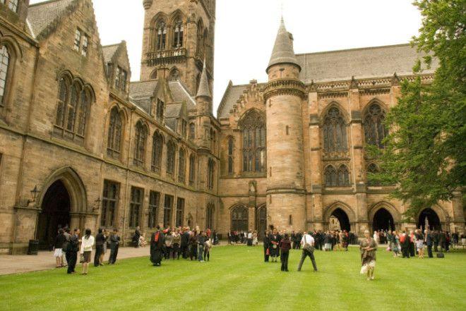 10 красивейших университетов из разных стран мира