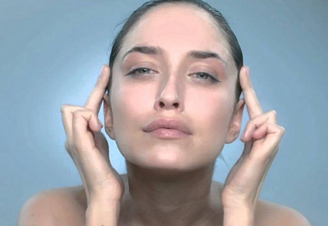 Лимфодренажный массаж области вокруг глаз