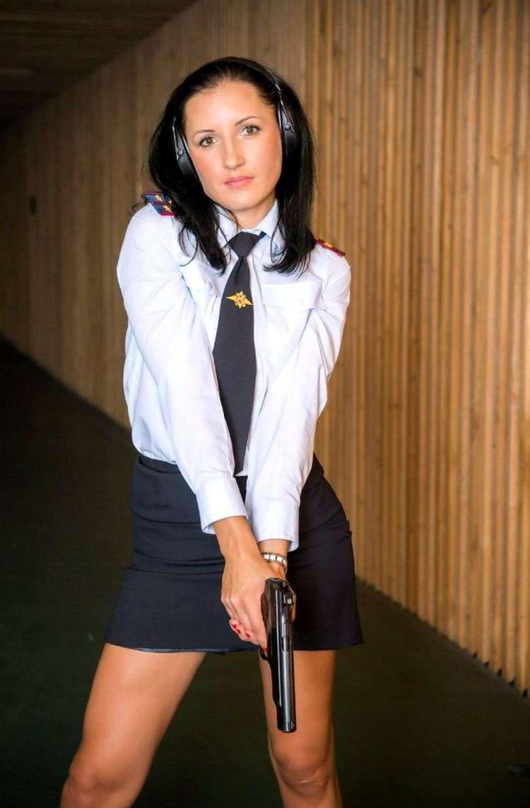 Красивые девушки в милицейской форме эротика фото 65-925