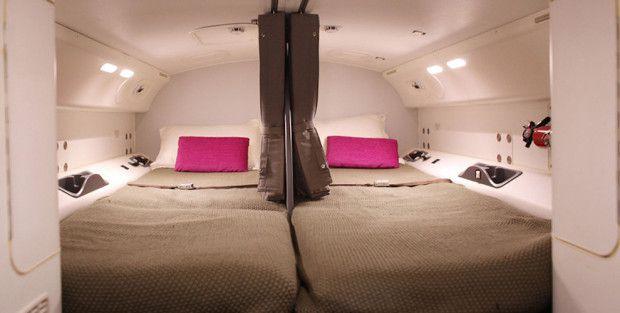 Где отдыхают члены экипажа самолета? самолет, экипаж, отдых