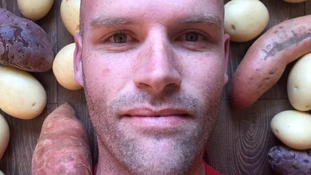 Австралиец-толстяк год питался одной картошкой: как изменилось его тело сейчас