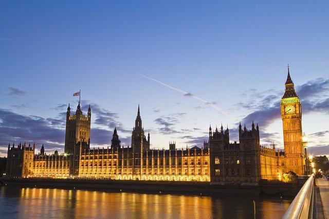Жительница Великобритании попросила прекратить антироссийскую пропаганду
