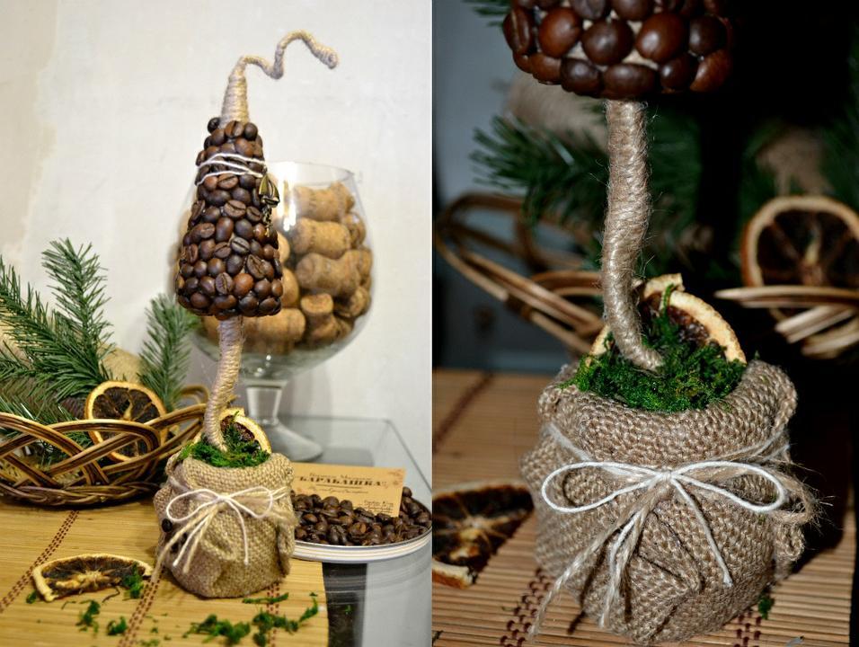 Новогодний декор своими руками: елка из кофейных зерен