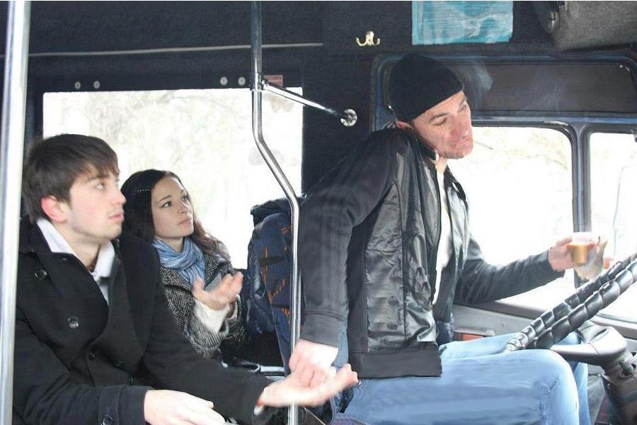 Вы не проверите, но в Симферополе водителям маршруток официально запретили курить и ругаться матом