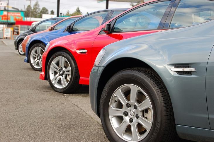 Война санкций: Россия готовится запретить импорт автомобилей