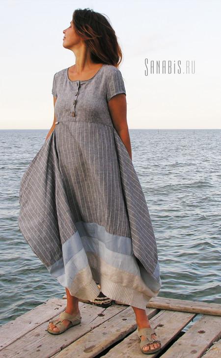 Платье серо-голубое полосатое