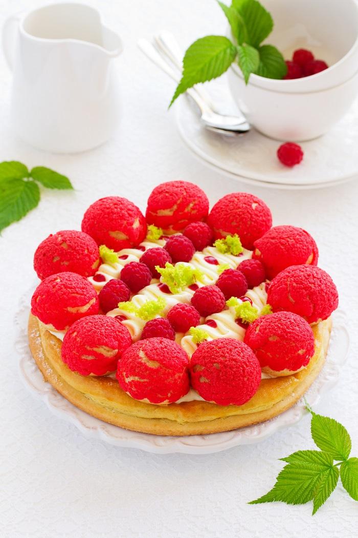 французский торт с клубникой