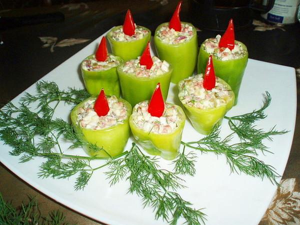 Необычное оформление новогодних блюд