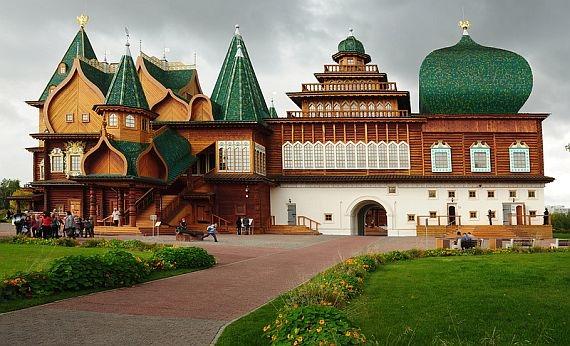 Удивительный дворец в Коломенском