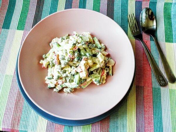 Попробуйте летний крабовый салат! Мой рецепт. Фото автора /Дзен канал