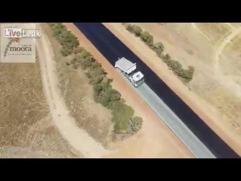 100 метров за 2 минуты: Как кладут асфальт в Австралии