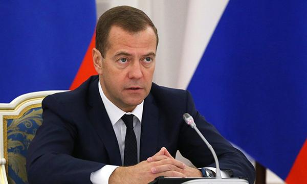 Медведев: Политика импортозамещения приносит результаты, и она будет продолжена