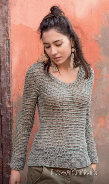 Приталенный пуловер с V — вырезом