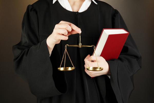 как Чем отличается следователь от адвоката только