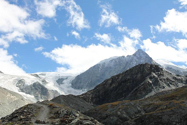 Пешком  с детишками и палаткой   по Швейцарским Альпам