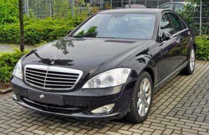 Счетная палата Приморья хочет купить машину за 2,5 миллиона