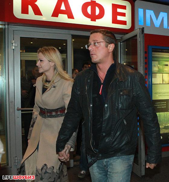 Актер по-прежнему продолжает отрицать свою связь с Марией Мироновой