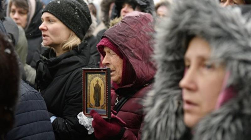 В Киевской области представители ПЦУ и радикалы напали на храм УПЦ