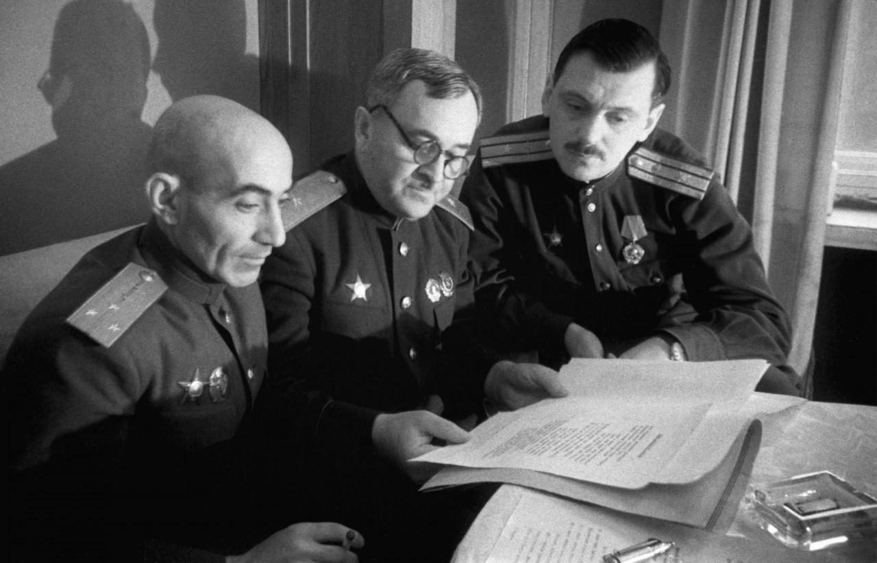 Как создавался советский гимн. Не обошлось без нажима Рузвельта и Черчилля