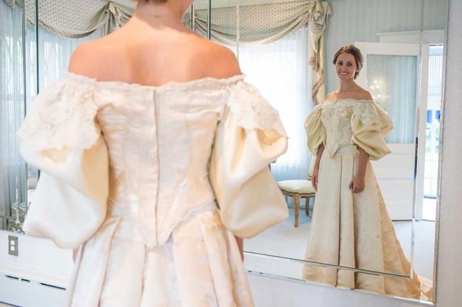Платье этой невесты прошло через 10 семейных свадеб за 120 лет