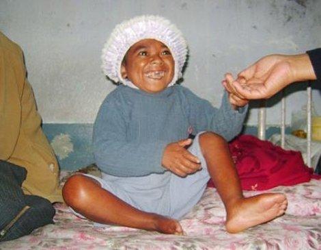 Самый старый ребёнок в мире (2 фото)