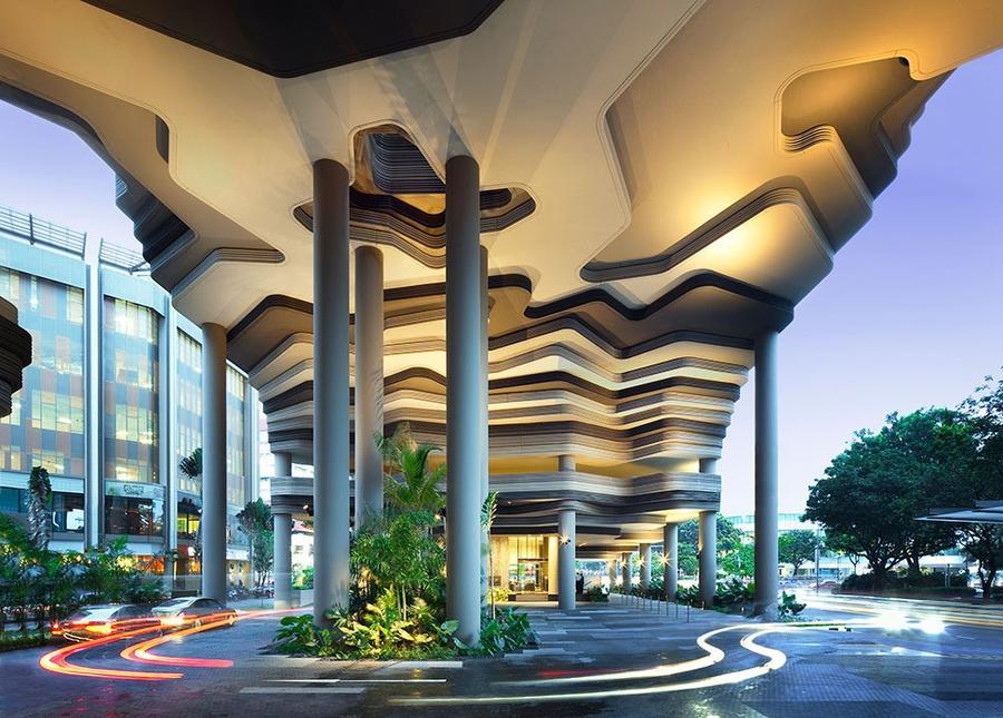 Parkroyal03 Уникальный сад на фасаде отеля в Сингапуре