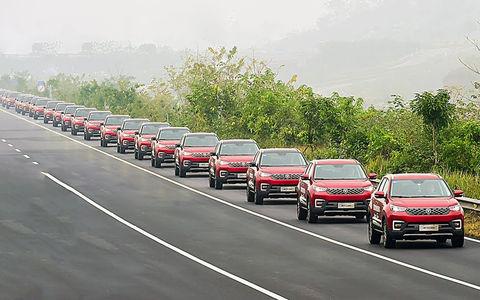 В параде только беспилотники! 55 автономных автомобилей сошлись в едином порыве