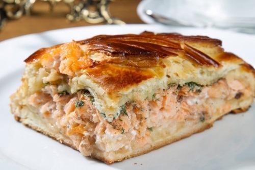 Наипростейший и вкусный бюджетный рыбный пирог