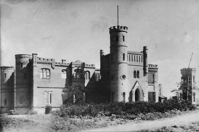 Васильевский замок служил местом отдыха высокопоставленных господ, поэтому здесь все было на высшем уровне.