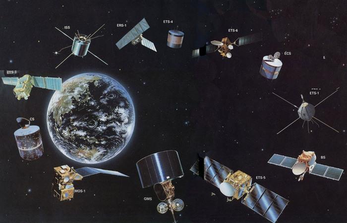 Ложный прогноз о спутниках связи.