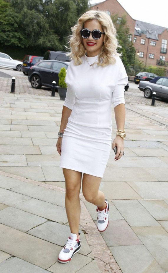 Celebrity Style: 3 Chic Ways to Rock Sneakers