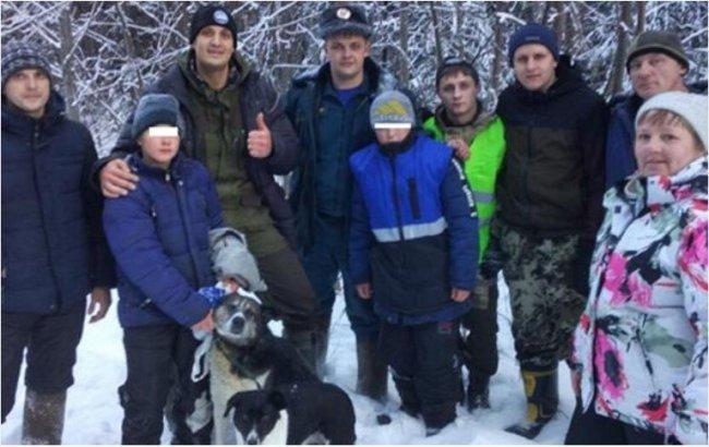 В Свердловской области дети выжили в зимнем лесу благодаря собакам