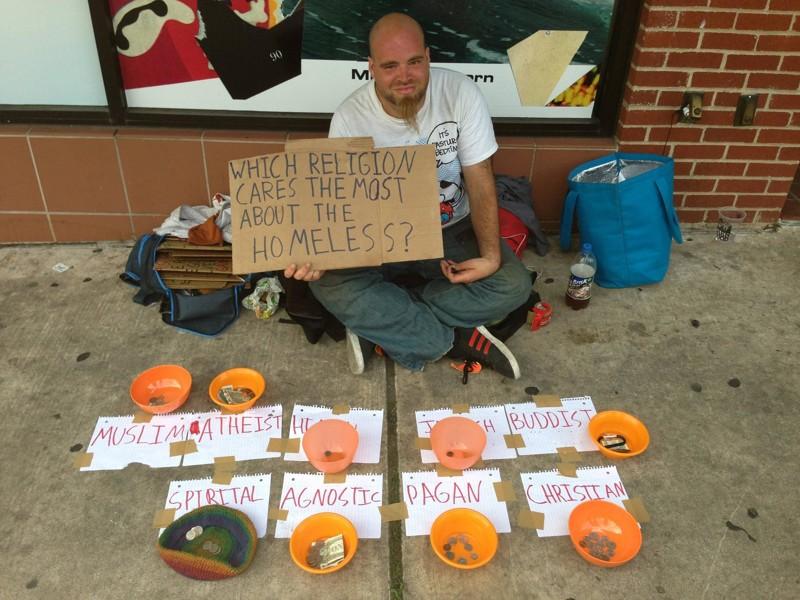 """""""Какая религия больше всего заботится о бедных?"""" бездомные, креатив, попрошайки"""