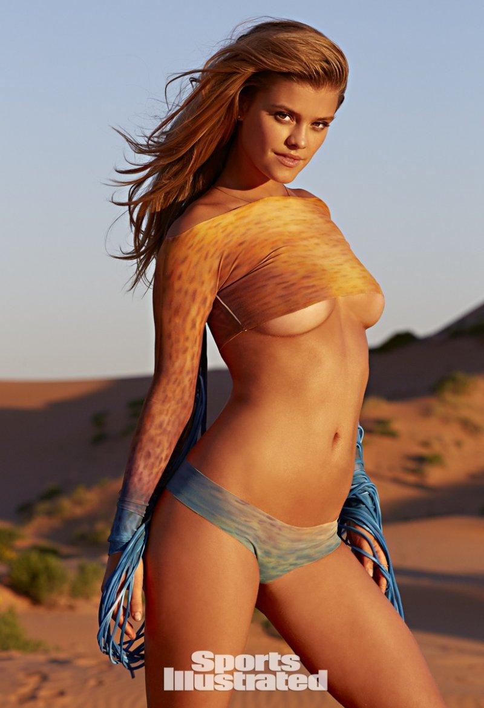 Нина Агдал в фотосессии для Sports Illustrated Swimsuit (2015)