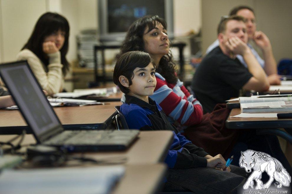 В Калифорнии десятилетний мальчик окончил среднюю школу с отличием