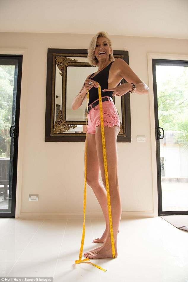 Марией кожевниковой длинноногая женщина онлайн